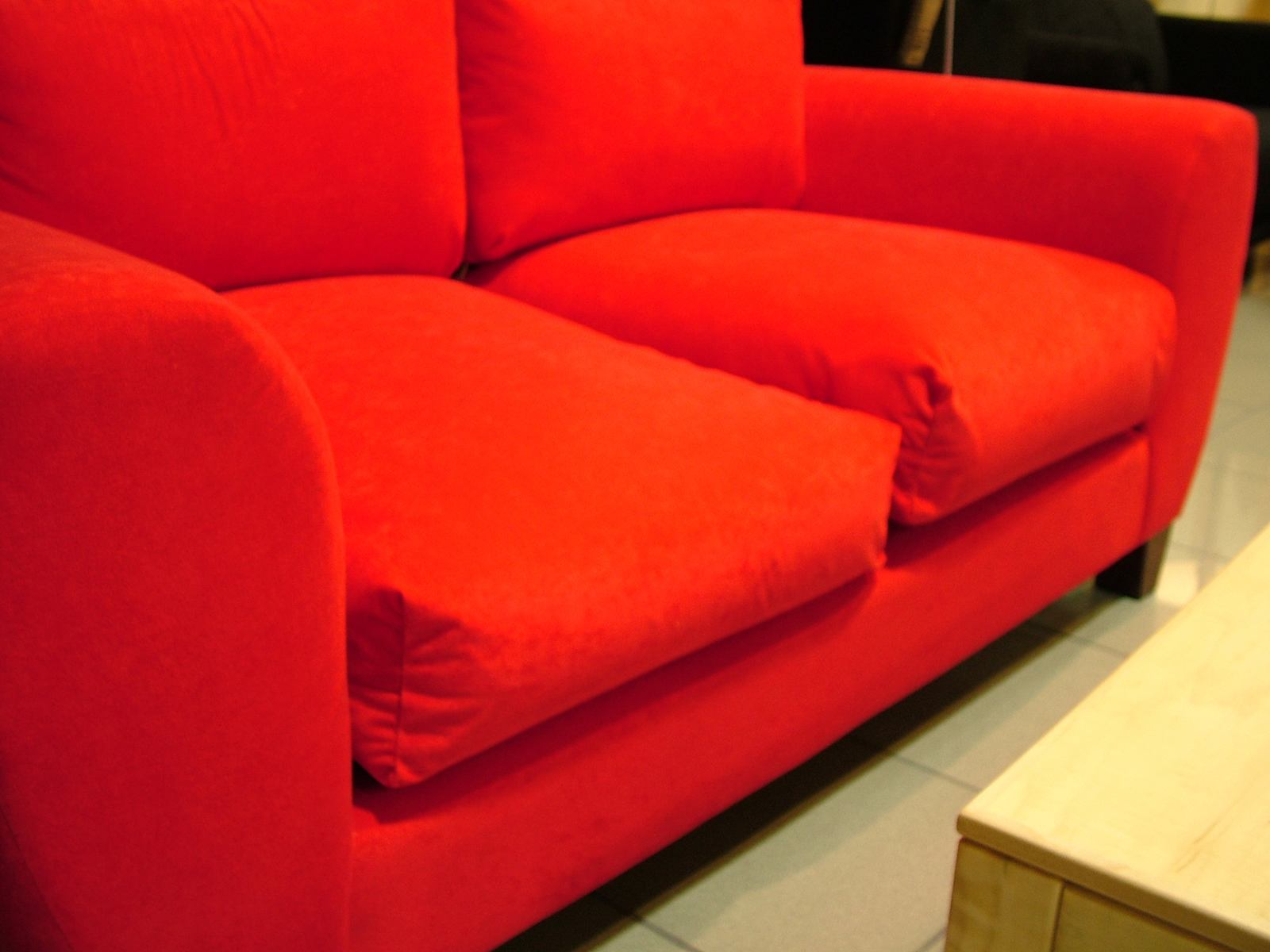 red sofa cleaning